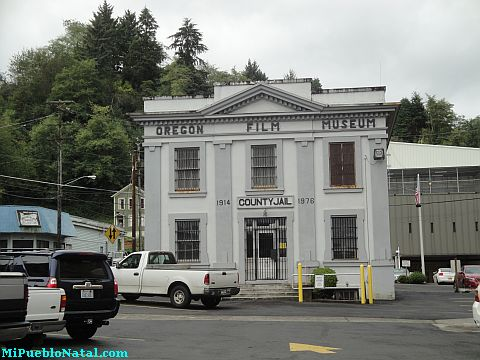 Astoria Oregon Film Museum