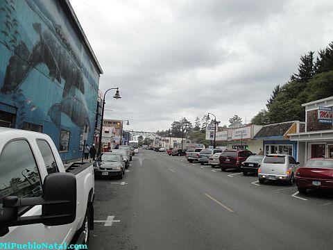 Bay Boulevard Newport