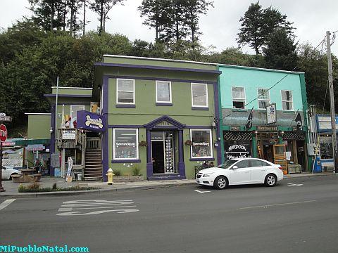 Bay Boulevard Shops