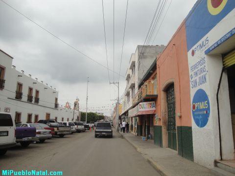 Cerca de la Plaza de Huanimar