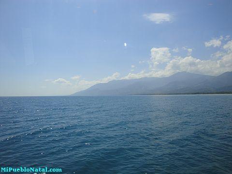 ferry from roatan