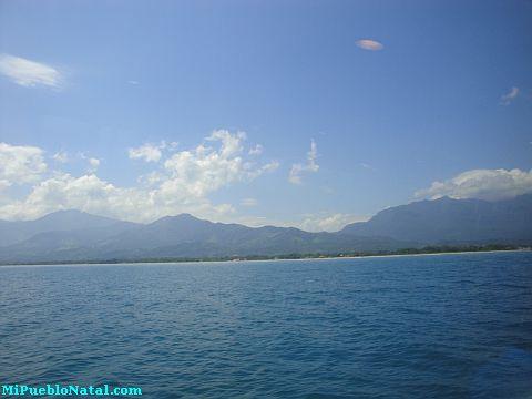 ferry from la ceiba