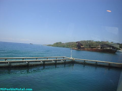 getting to roatan