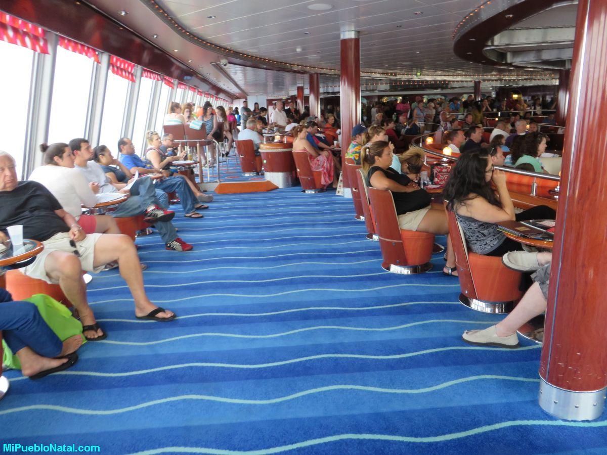 Jugando bingo en un crucero