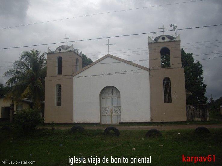 Vieja iglesia Catolica  de Bonito Oriental