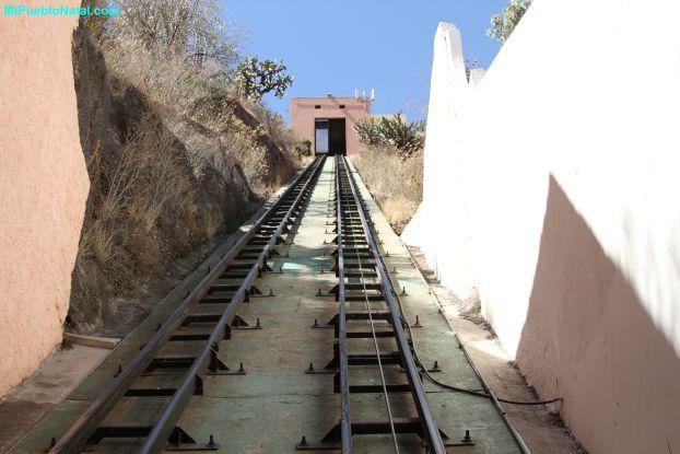 Rieles del funicular