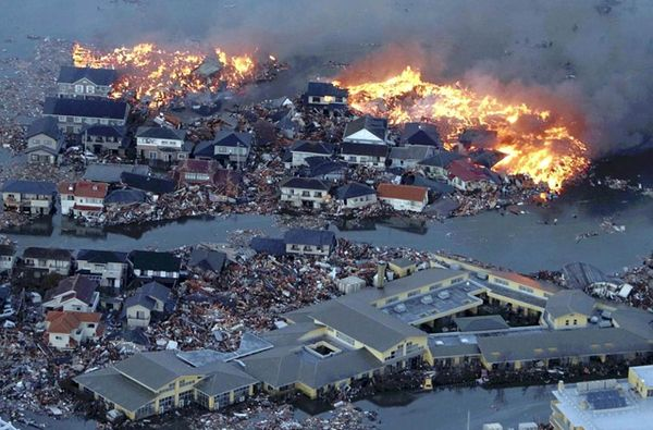 Tsunamis Pics