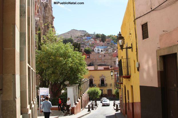 Un callejon de la ciudad de Guanajuato
