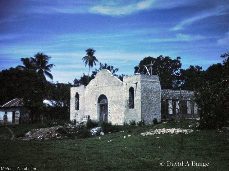 Iglesia Catolica vieja de Bonito Oriental
